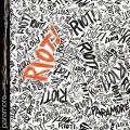 Paramore-01RiotAlt